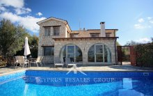 3 Bedroom Villa Provence in Simou