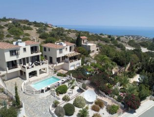 Stylish 4 bedroom Villa Agnades in Neo Chorio Property Image