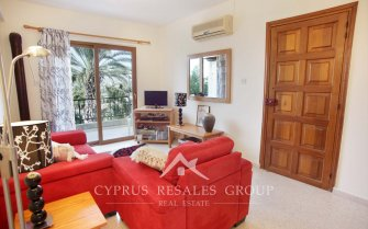 Chloraka Paradise 2 Bedroom Apartment with Studio