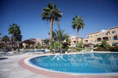 Luxury apartments next to sandy beach in Leptos Estates Limnaria Gardens
