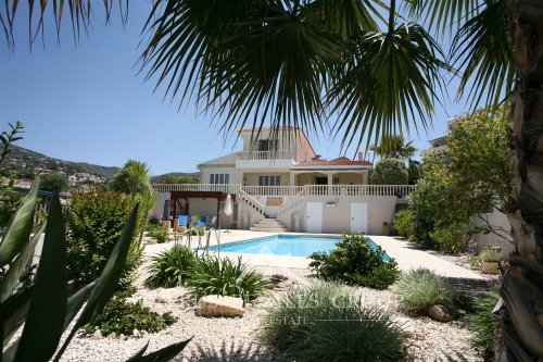 Award winning villa with beautiful panorama in Tala, region of Paphos, Cyprus