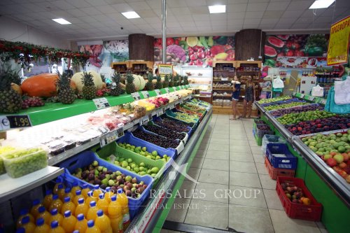 Fruit market in Universal area, Kato Paphos, Cyprus