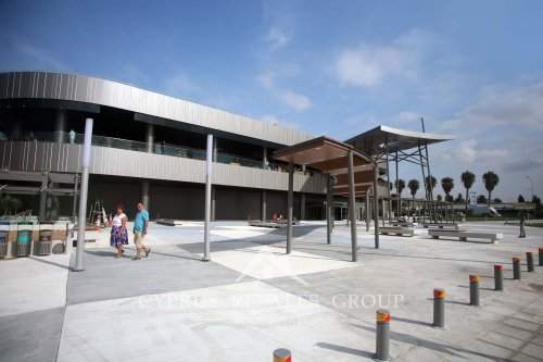 Modern shopping and entertainment centre in Kato Paphos – Kings Avenue Mall.