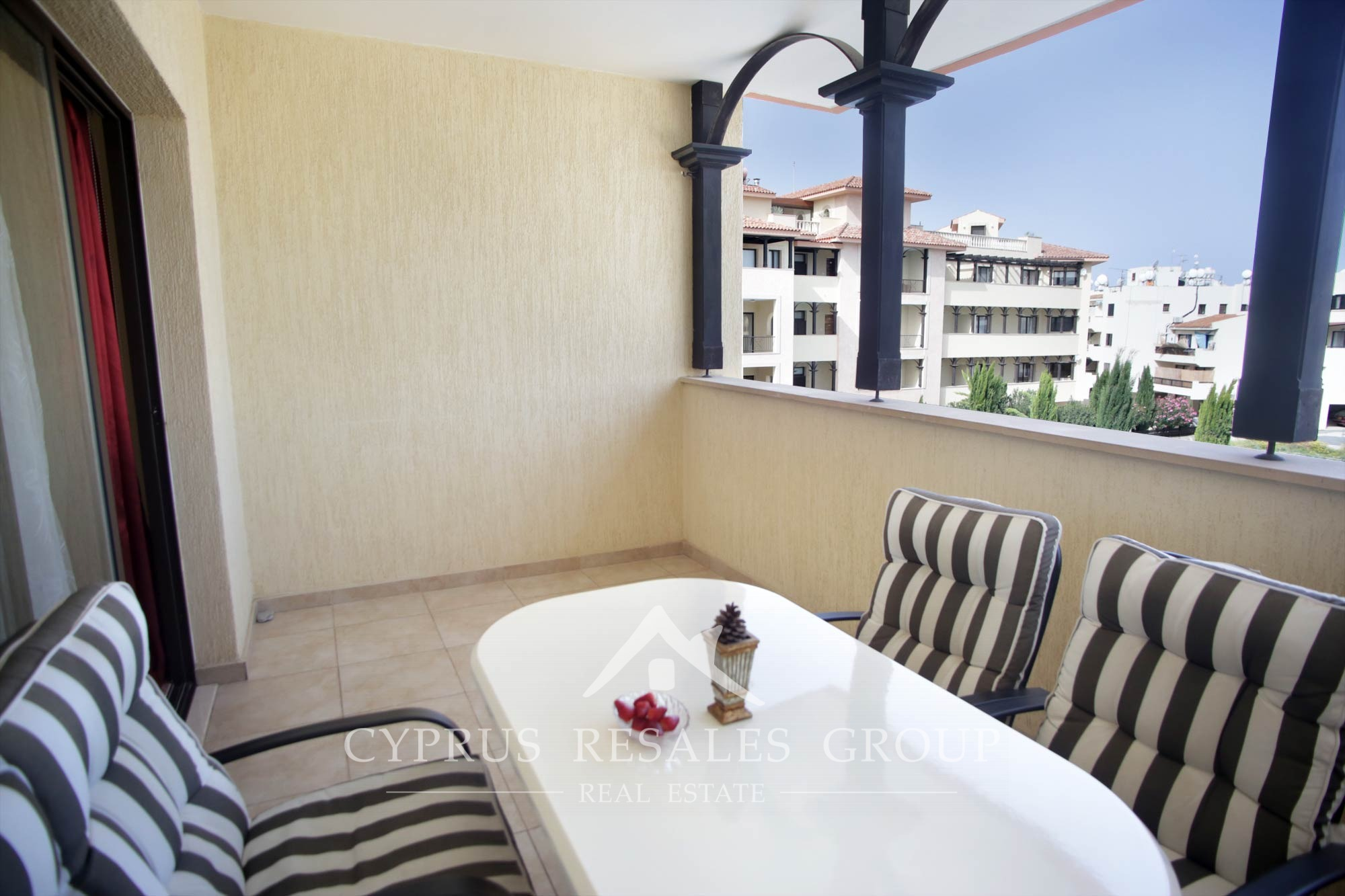 1 bedroom apartment in Aristo Queens Gardens Paphos for Sale